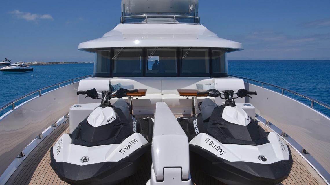 Sea Story - VQ82
